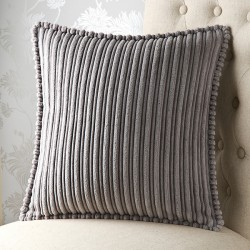 Knightsbridge 24x 24 Cushion Cover